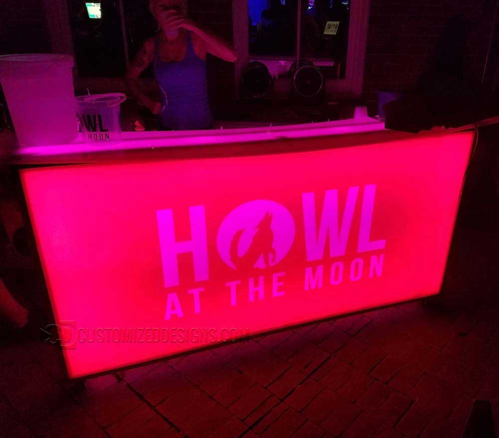 Mobile Bar Howl at the Moon